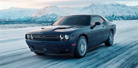 Dodge Challenger GT AWD:: all-paw muscle car launches, but