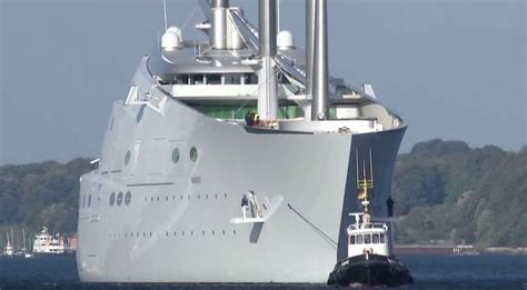 wordlessTech | World's largest Sailing Yacht performing